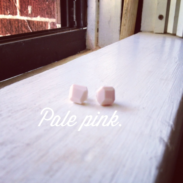 Grape Did It - pale pink earrings