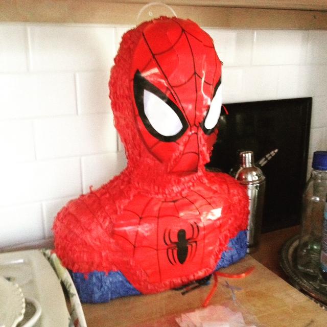 GDI - spider man pinata