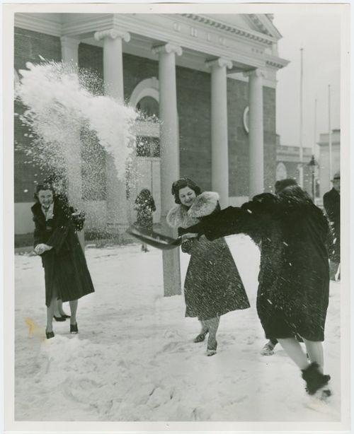 GDI - snowball fight