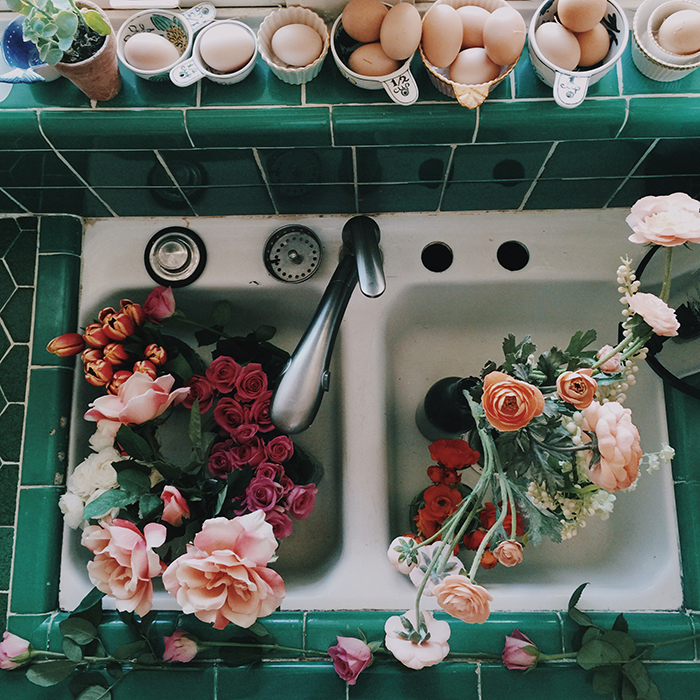 GDI - thewiegands flowers in sink