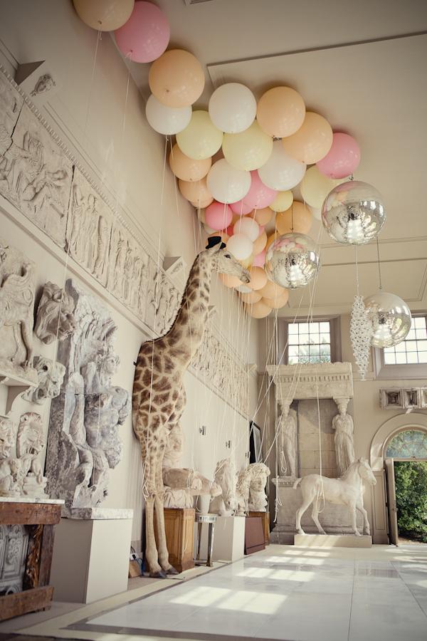 Birthday post balloons