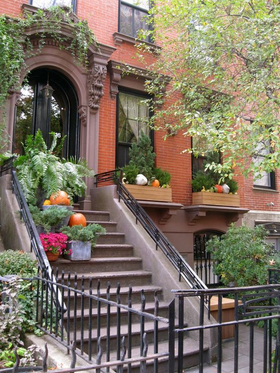 Brownstone Halloween Brooklyn