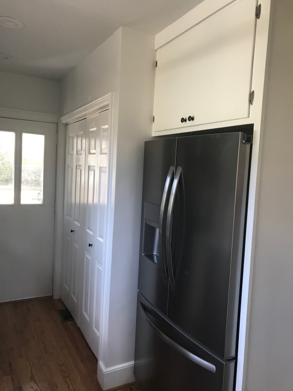 1228 kitchen fridge nook